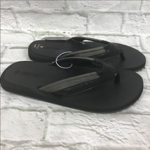 Hi-Tec black and gray comfort and cushioned sandal